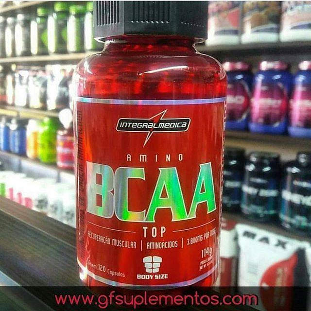 BCAA TOP possui máxima concentração de BCAA (Aminoácidos de Cadeia Ramificada), essenciais para a saúde e desenvolvimento de seus músculos.  Durante a prática de exercícios físicos, os músculos precisam de BCAA para obter energia e máxima performance. Um complexo eficiente de aminoácidos de cadeia ramificada (L-Leucina, L-Isoleucina e L-Valina) que o torna um suplemento de alto valor nutricional para a saúde e desenvolvimento muscular. . A loja mais completa em suplementos do Brasil 📱 Whats…