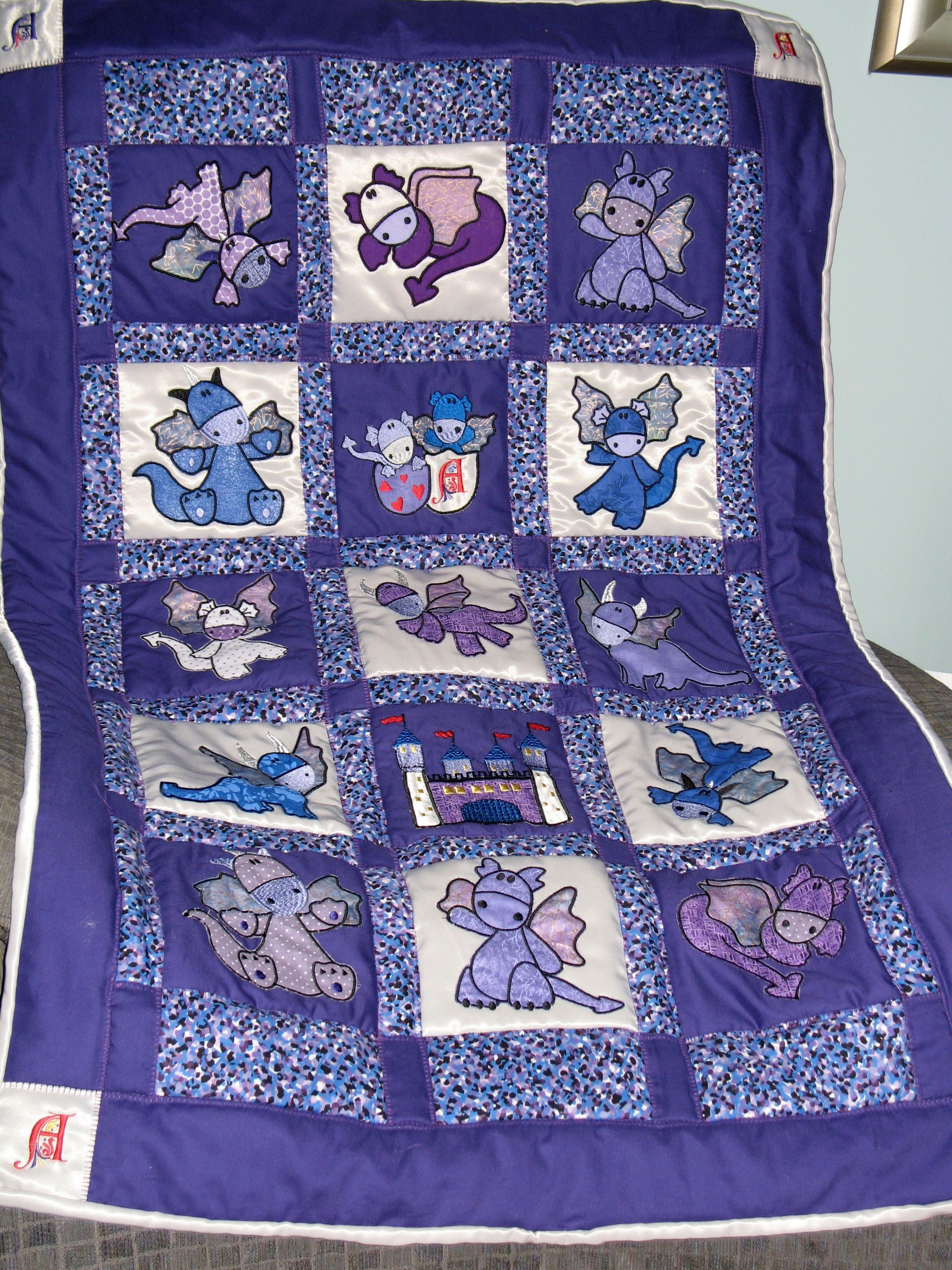 baby dragon quilt | Cute Dragons [Designs by Sick] baby quilt I made ...