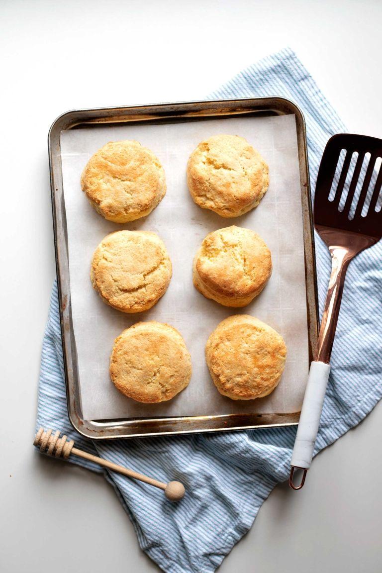 Keto Buttermilk Biscuits Kit S Kitchen Recipe In 2020 Buttermilk Biscuits Biscuits Buttermilk