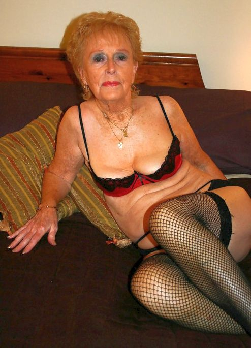 ass saggy nude granny