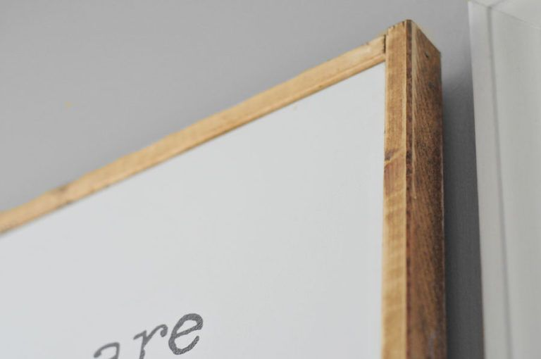 DIY Wood Canvas Frame | THE JUNQ DRAWER | Vardagsrum | Pinterest ...