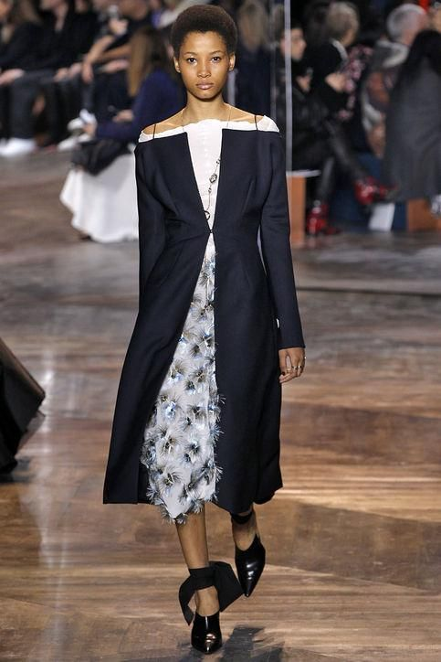 The spring 2016 couture shows are happening in Paris right now! Click to find out what's going on, see which celebrities are in town, and catch major model moments