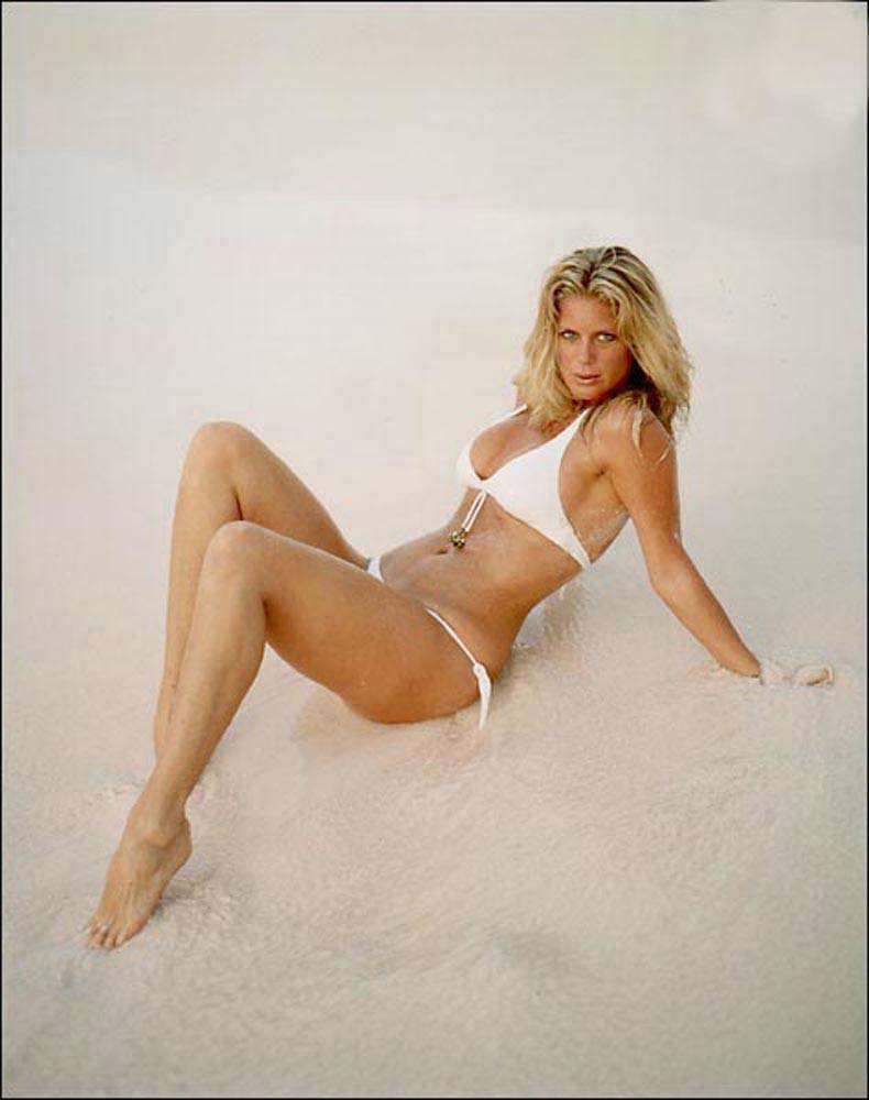 rachel hunter leg show pinterest rachel hunter