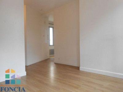 31000 - 37,05m² Proche centre ville gare et transports, dans petit - location appartement meuble toulouse