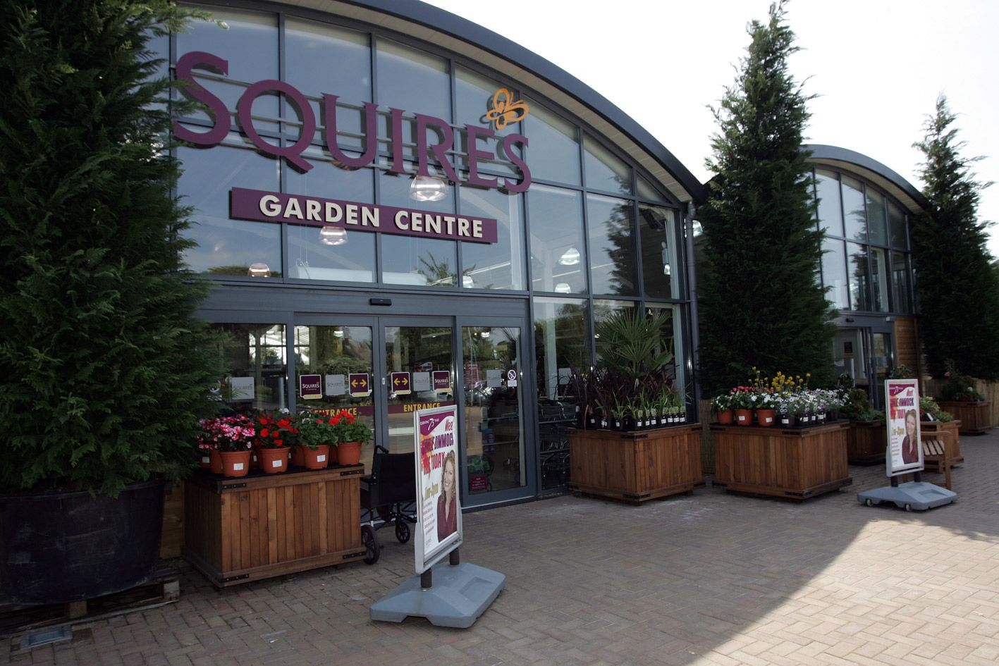 Welcome to Squire's Shepperton.