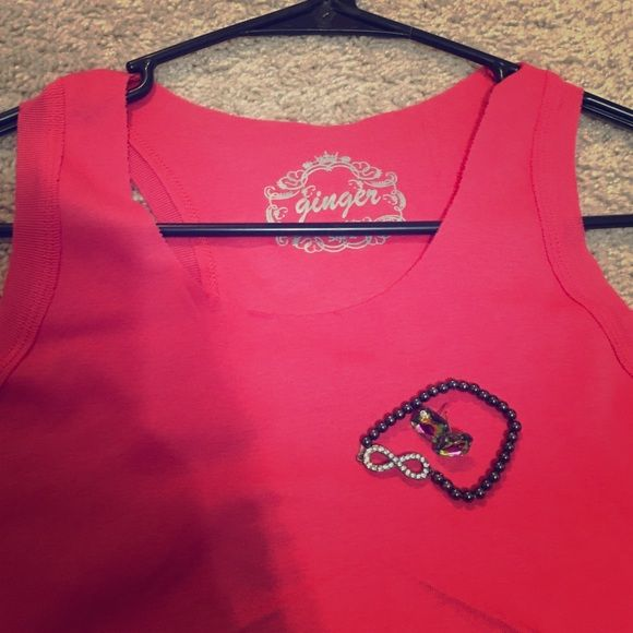 Funky pink tank top Ginger brand pink tank top NWOT never worn Ginger Tops Tank Tops