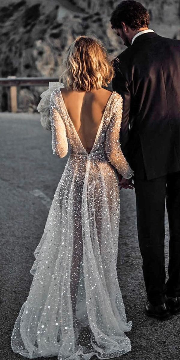 15 Amazing Destination Wedding Dresses For Yous