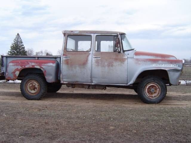 81fddd35bf 1958 International Travelette Crew Cab for sale