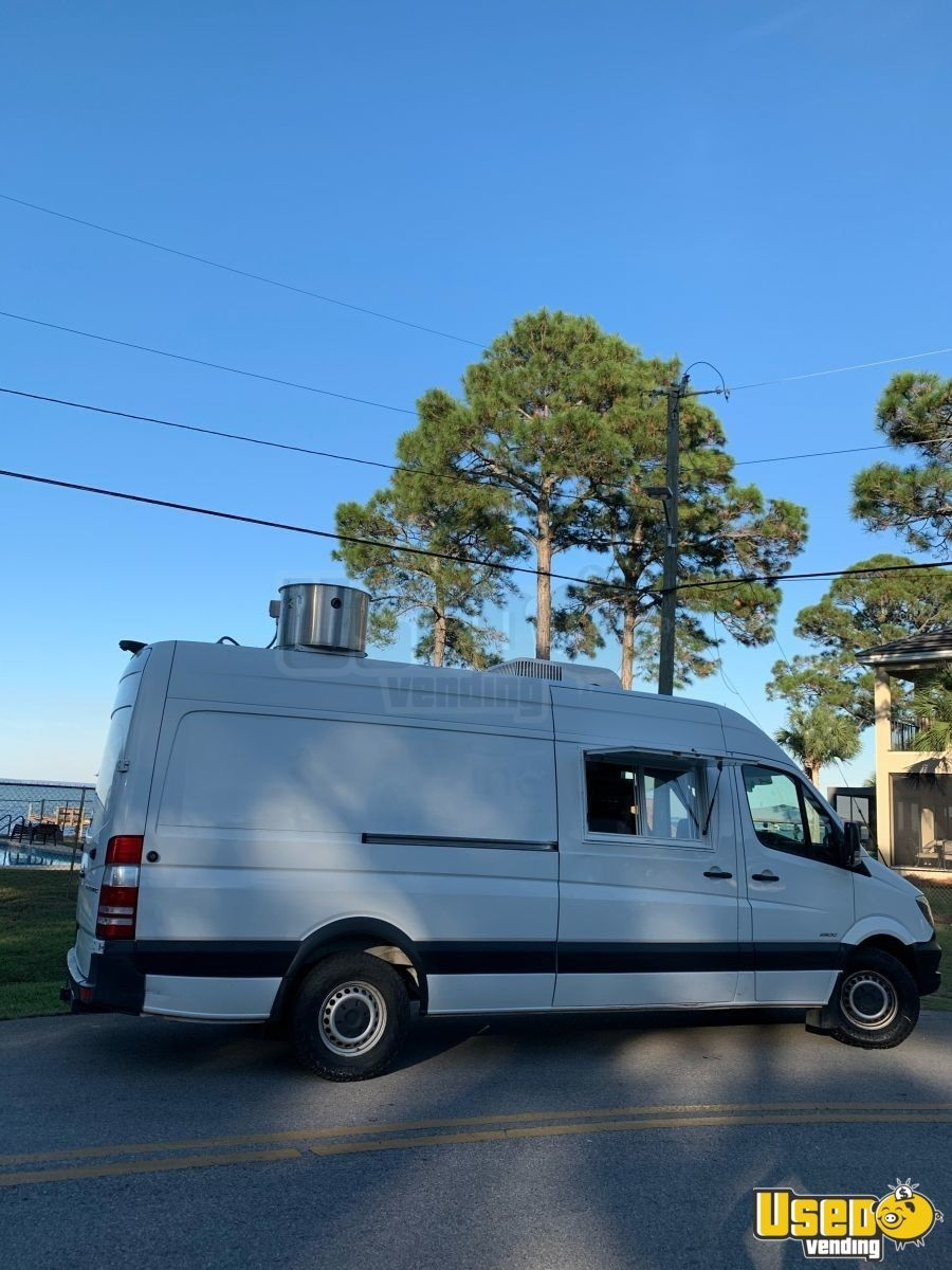 Diesel Mercedes Freightliner Sprinter 2500 Loaded Food Truck For Sale In Florida New Kitchen Food Truck For Sale Food Truck Sprinter