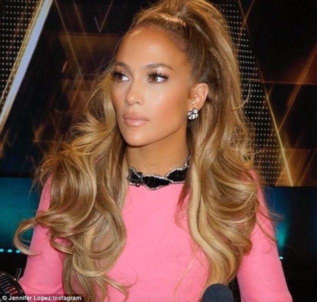 Jennifer Lopez rocks pink frock in BTS from World of Dance filming