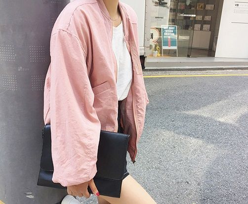 loose bomber jacket via TOFU色相. Click on the image to see more!