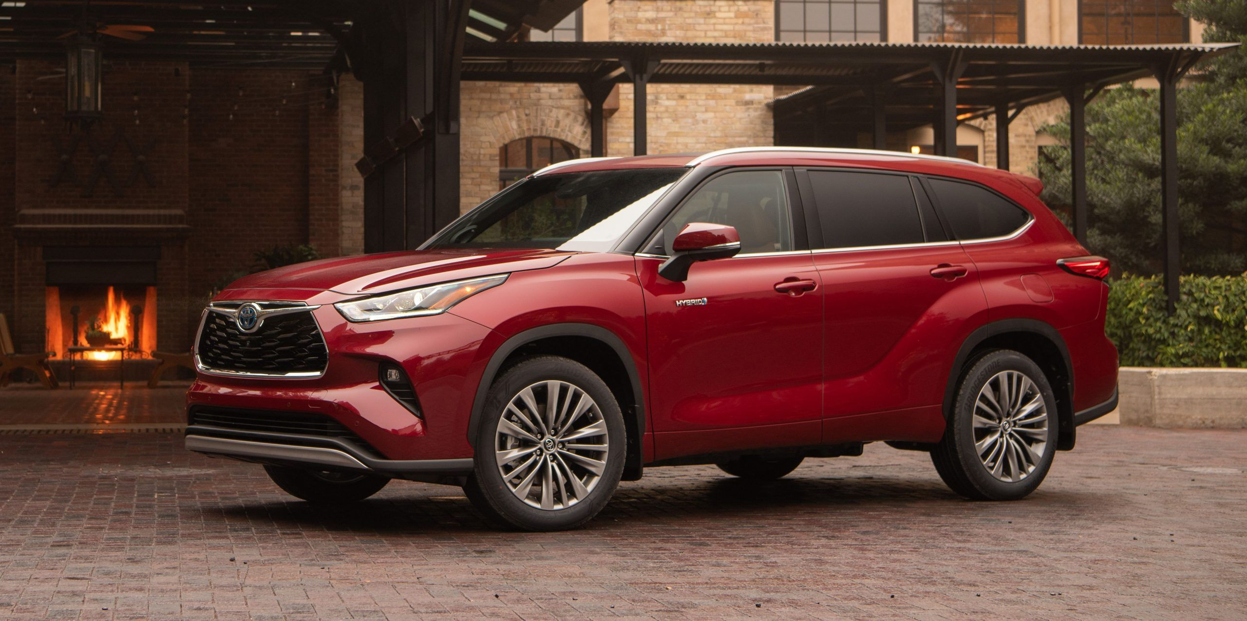 The redesigned 2020 Toyota Highlander threerow SUV has a