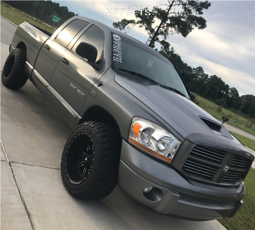 2 2006 Ram 1500 Dodge Maxtrac Leveling Kit Red Dirt Road Dirt Matte Black Dodge Ram Dodge Trucks Ram Dodge Trucks