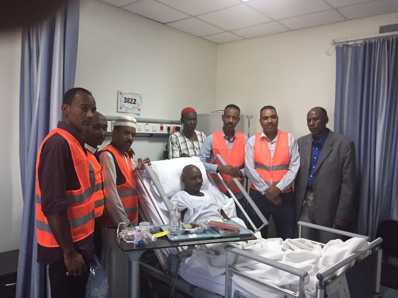 سفارة السودان بالرياض تتكفل بنقل مواطن مصاب عبر سودانير الى الخرطوم