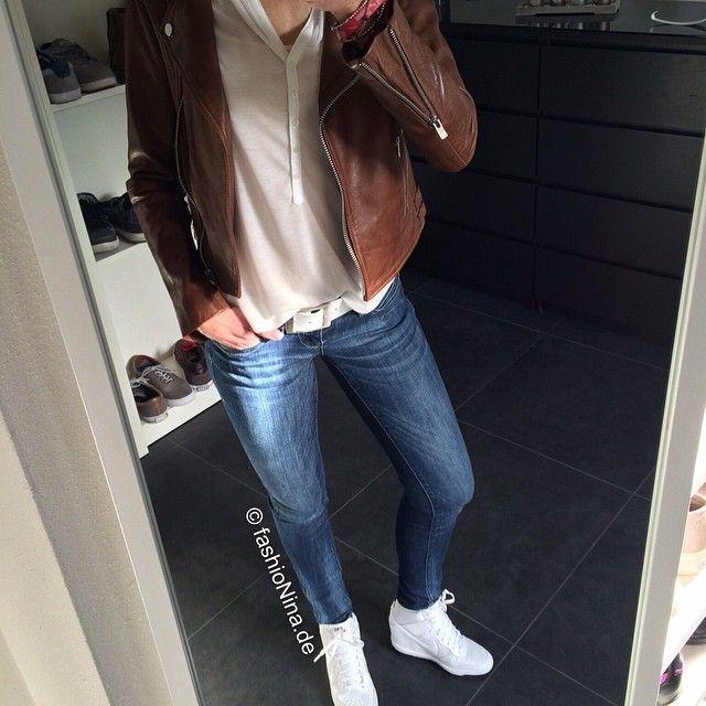 #ootd #nofilter #OurFavoriteBrands #style #only #onlyjeans #esprit #nike #skyhigh #nikeskyhigh #mango #leatherjacket #swarovski #apple #iphone #zalando #fashion #tgif #weekend
