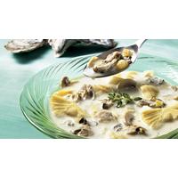 Potage d'automne aux huîtres   Recettes IGA   Soupe, Fruits de mer, Recette facile