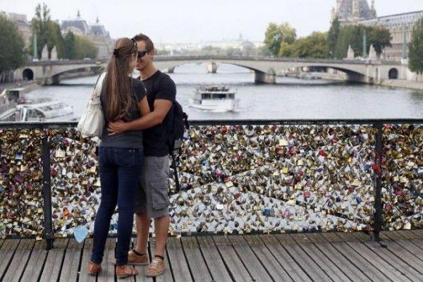 """París eliminará los """"candados del amor"""" de sus puentes   Informe21.com #Photography"""