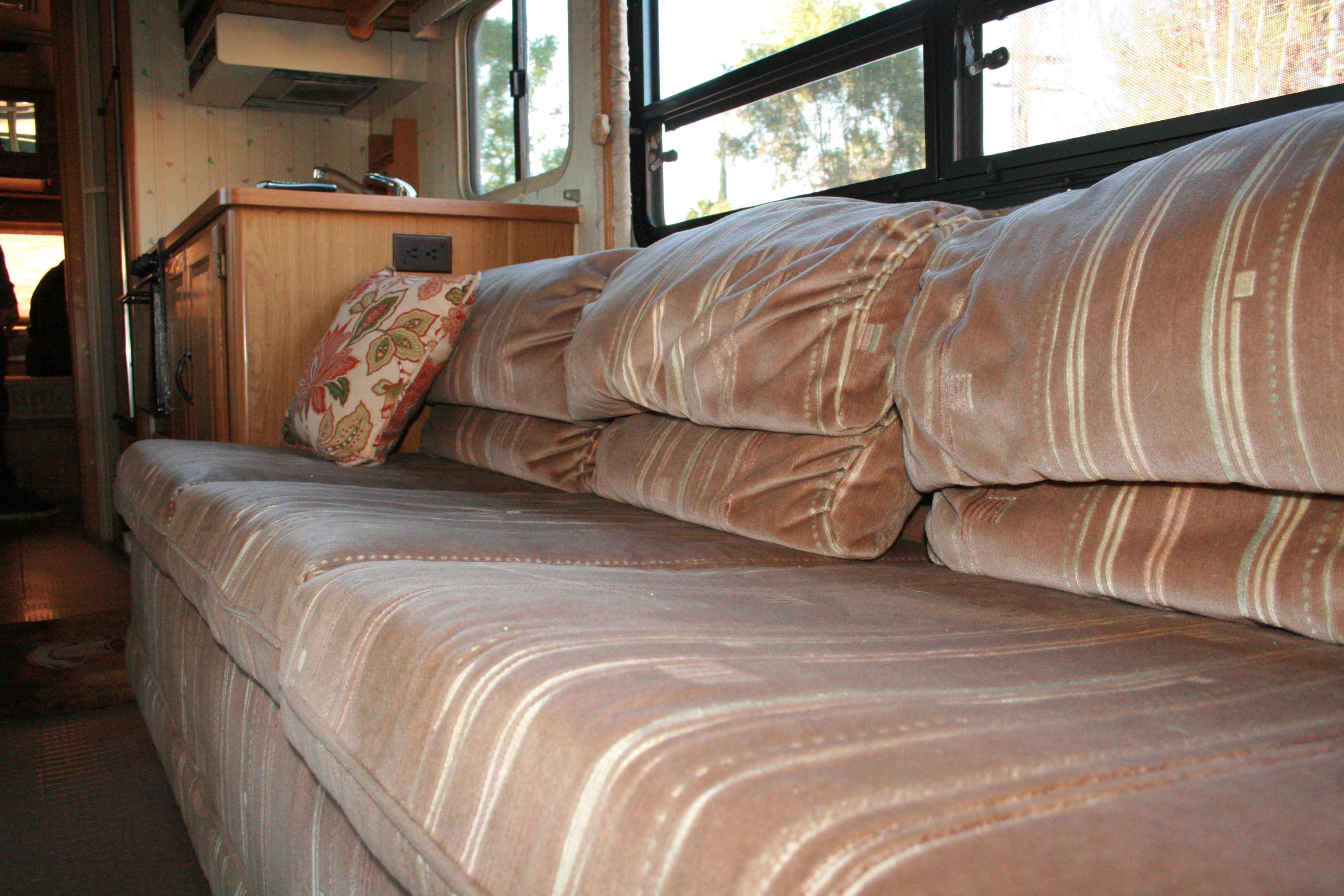 Rv Renovation Jackknife Couch Before After Rv Renovations Rv
