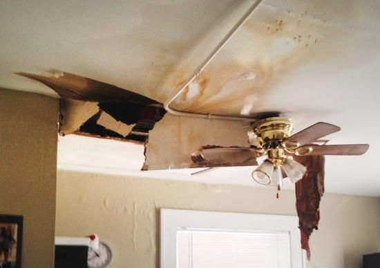 Semissourian Com Local News Cold Weather Can Bring Burst Pipes Water Damage 01 12 15 Waterdamage Molding Mold Remediation Water Damage