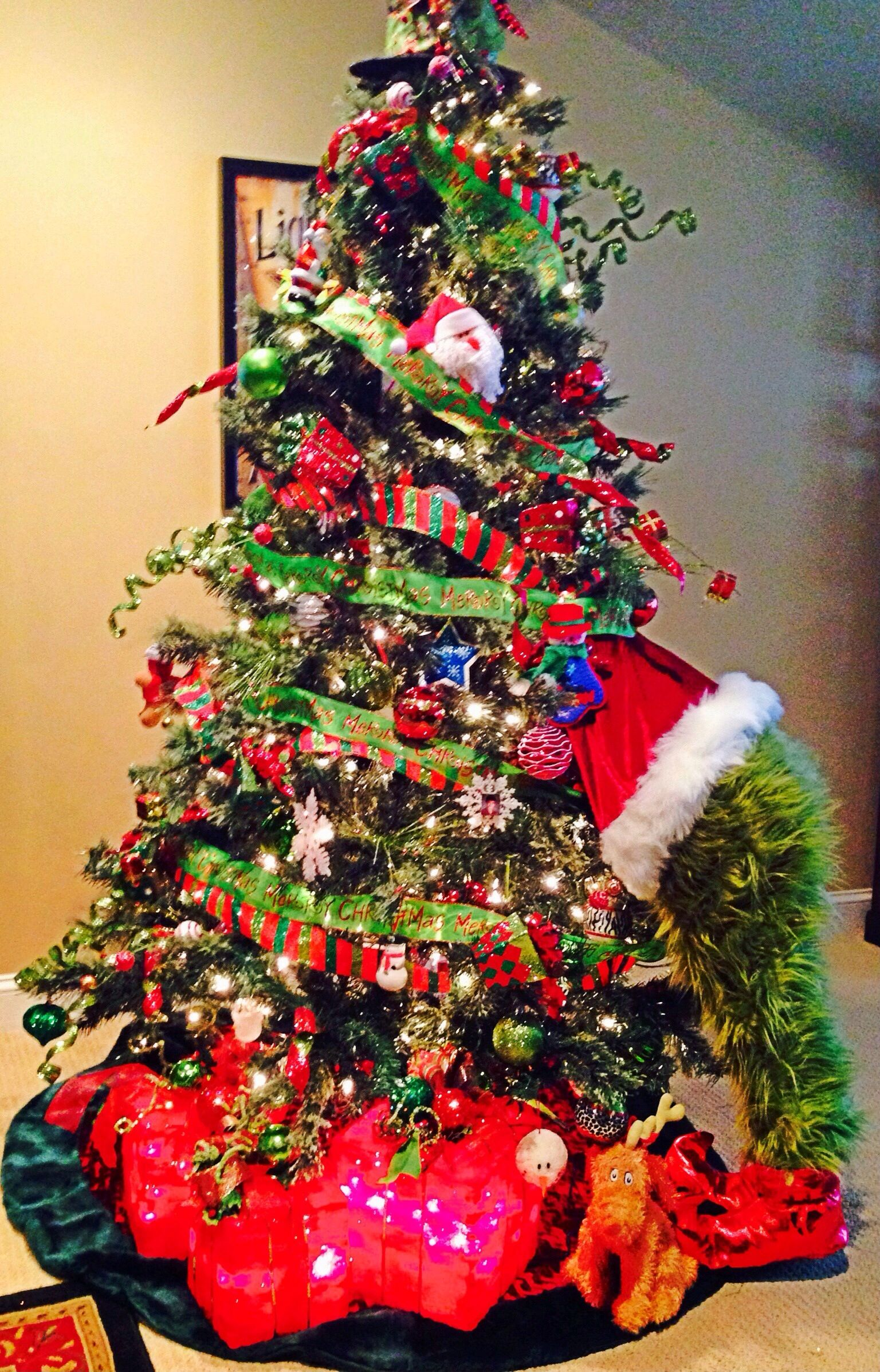 Grinch christmas tree christmas decorations christmas for Christmas tree ideaa