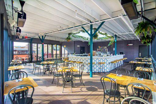 Takoda Restaurant Beer Garden Whiskey Bar In Washington