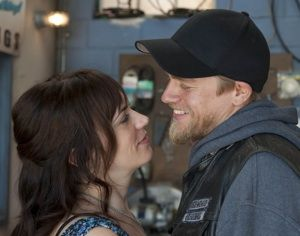 Exclusive Sons Of Anarchy Post Mortem Maggie Siff Weighs In On Jax And Tara S Surprise Spoiler Sons Of Anarchy Tara Sons Of Anarchy Anarchy