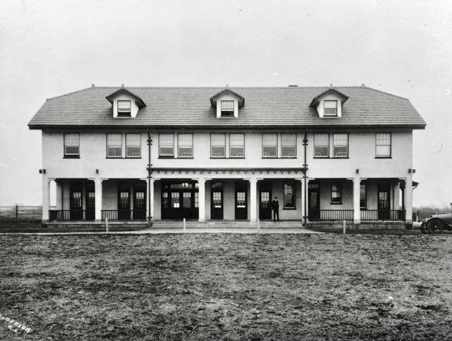 LONGVIEW FARM BOARDING HOUSE 1916 Kansas city missouri