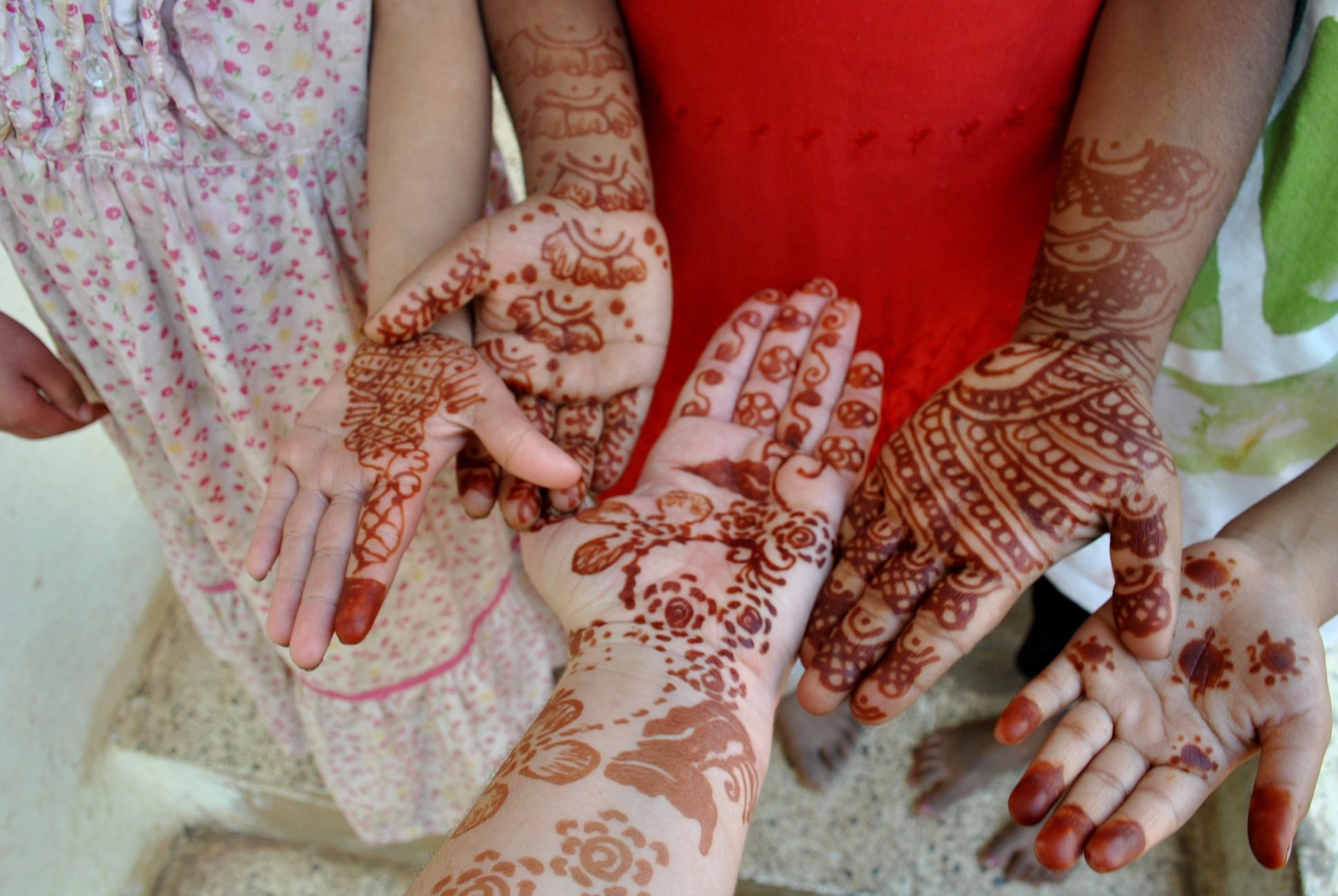 Hands henna mehndi india little things that stand out