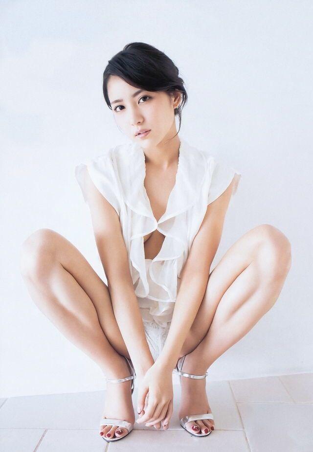 ファッションモデルの石川恋さん