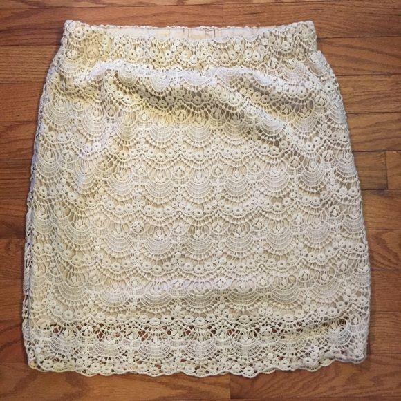 Crochet lace cream skirt Forever 21 crochet lace skirt, light tan satin-y lining Forever 21 Skirts Mini