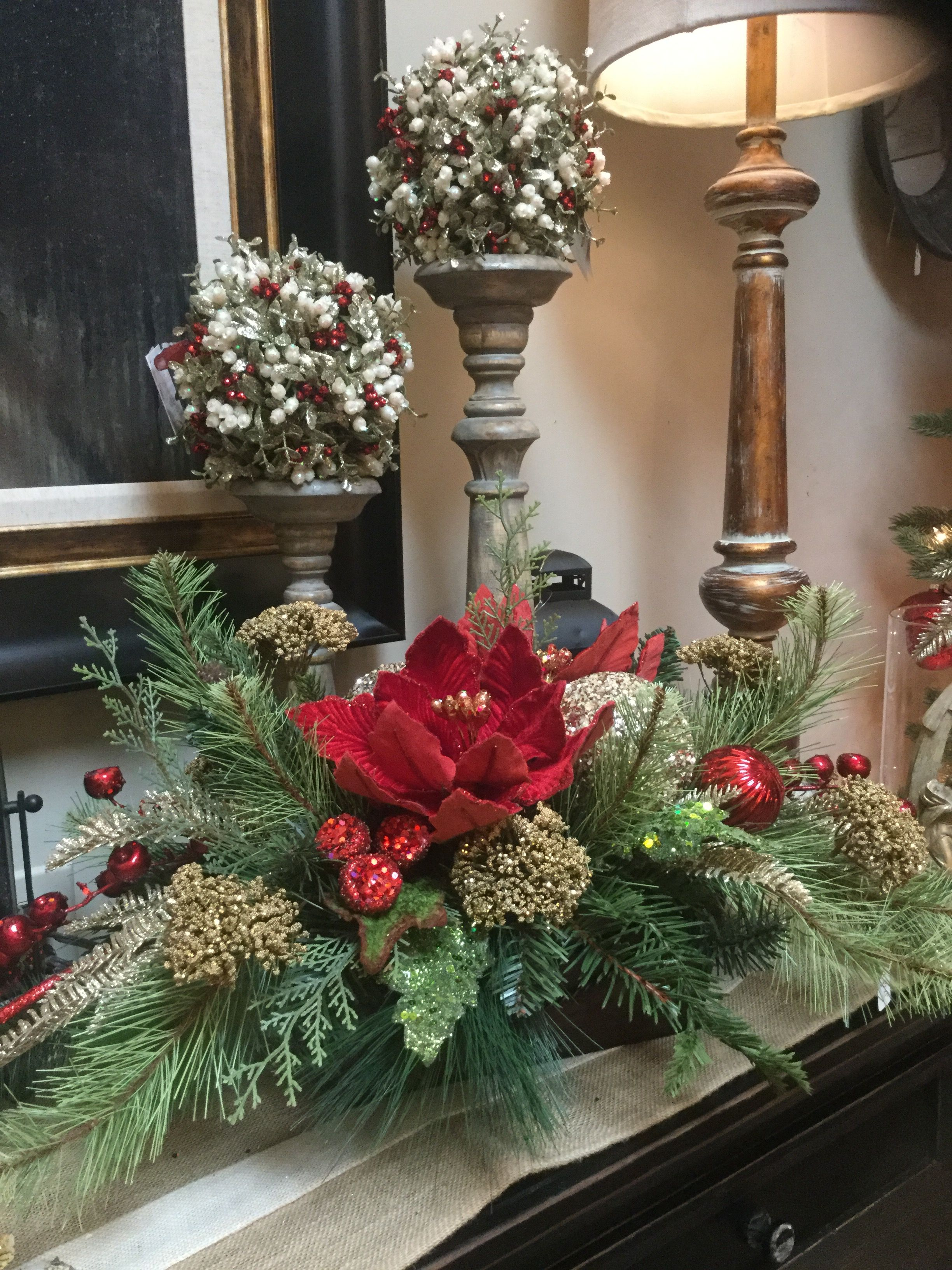Christmas floral arrangement and decorating ideas