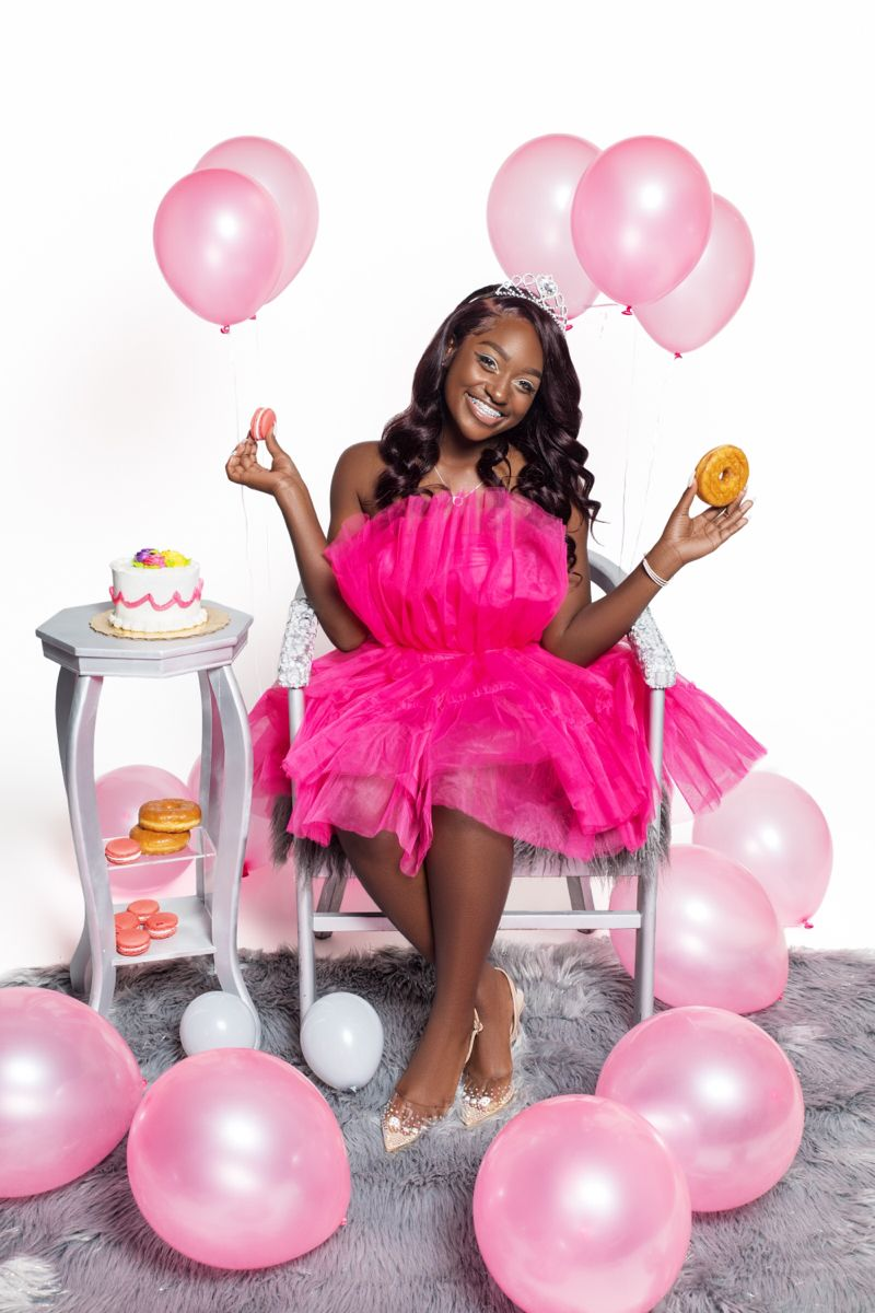 Birthday Photoshoot Idea Birthday Photoshoot 16th Birthday Outfit Cute Birthday Pictures Want to plan a birthday photoshoot and looking for ideas? birthday photoshoot idea birthday