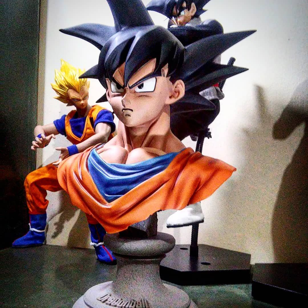 F O L L O W #toystagram#toys#dbz#dragonballz#anime#cosplay#fitness#ripped#toyphotography#Goku#onesix...