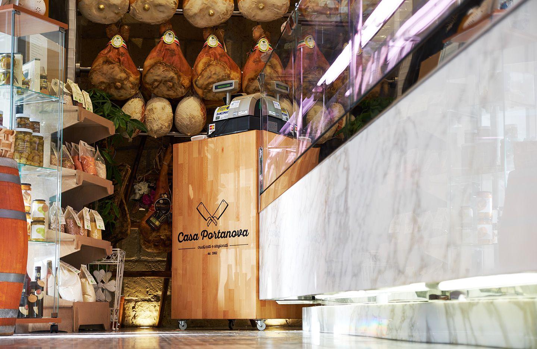 Casa Portanova is a butcher located in Ercolano, Naples. Concept&design by Bilodunk Studio. #restaurant #butcher #grill #meat #retro #vintage #hipster #design #bilodunk #riggiola #cementina #bisazza #marmo # calacatta