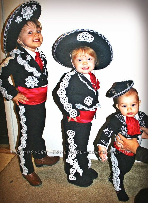 amazing diy three amigos family costume 2