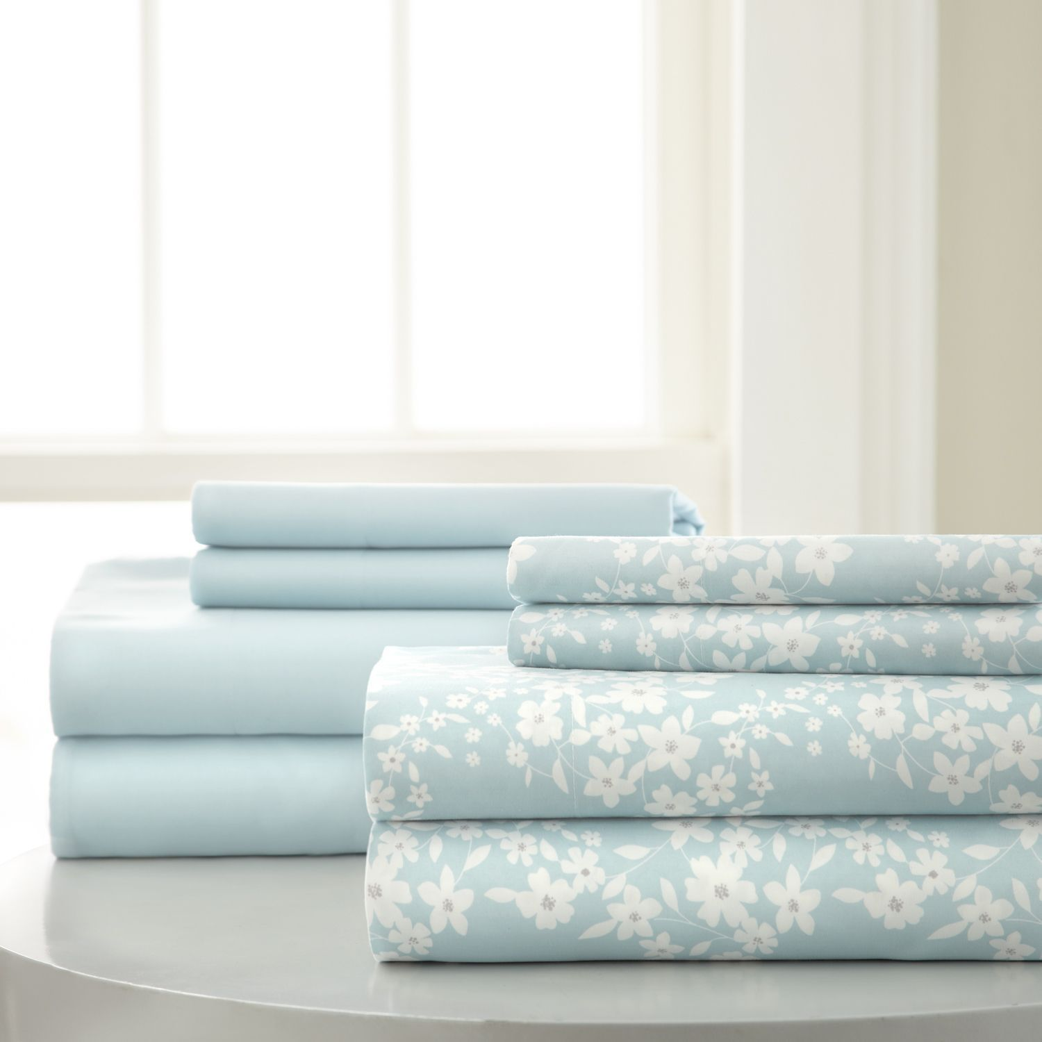 8-Piece Printed and Solid Sheet Set