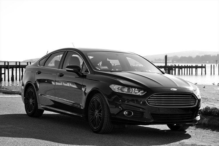 2013 Ford Fusion W Black Rims