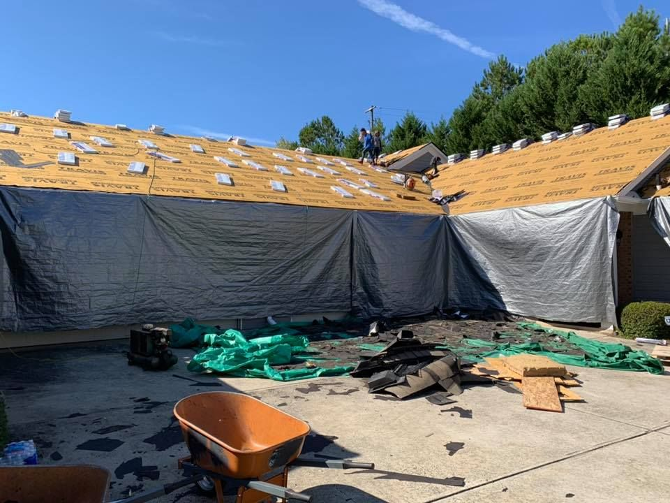 Marietta Roofing Companies 1 Oak Roofing Roofing Roofing Systems Roof Repair