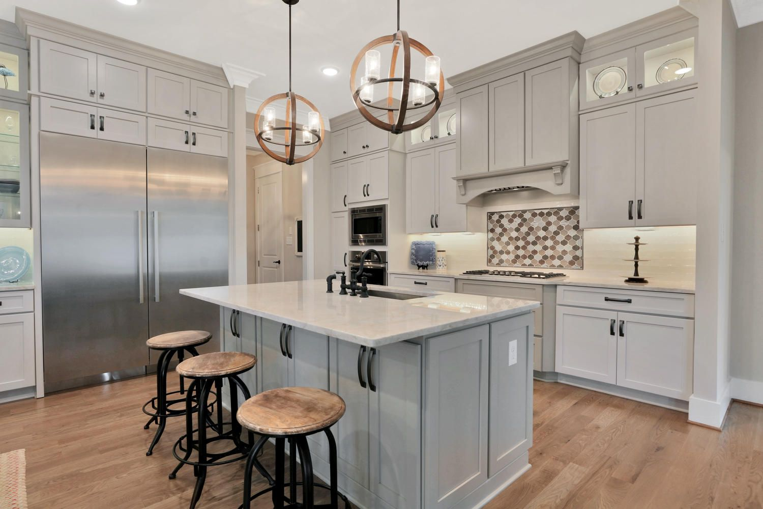 Oyster Color Cabinets Kitchen Tile Kitchen Inspirations Kitchen Design Kitchen Layout