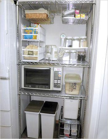 必要なキッチンツールをスッキリ収納 機能的なキッチンラック 画像あり メタルラック 収納 メタルラック 収納 アイデア キッチン スチールラック キッチン