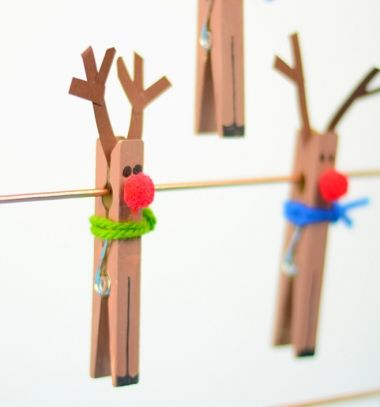 Clothespin reindeer - easy Christmas craft for kids | Mindy