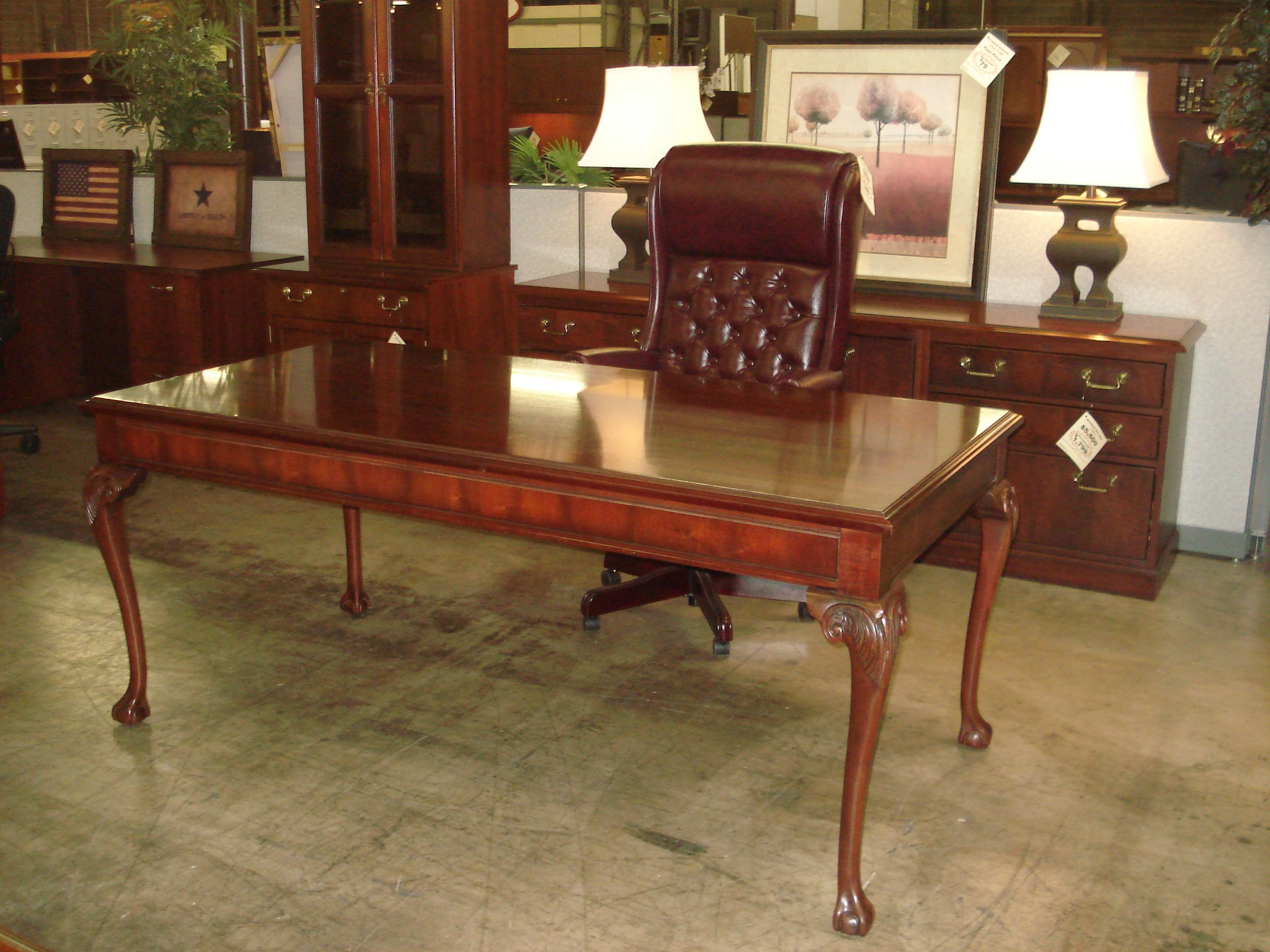 Beautiful Mahogany Table Desk Credenza Set Pre Owned Front