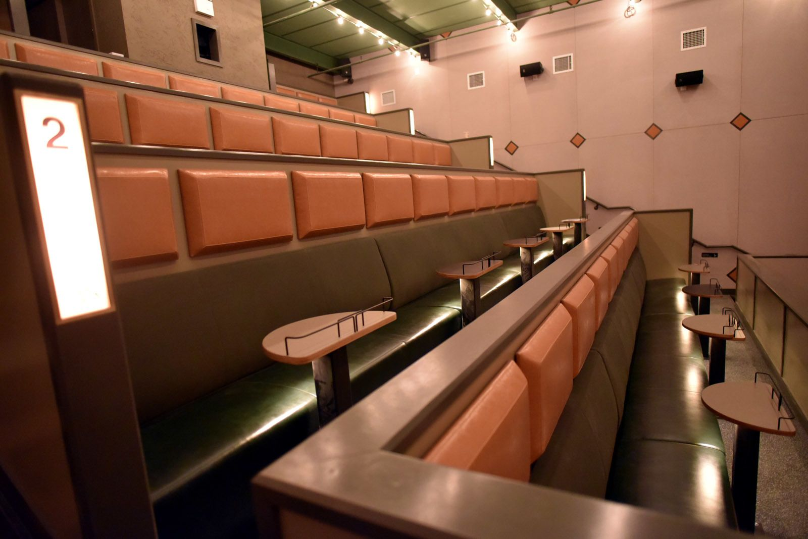 New dinein Brooklyn movie theater only charges 3 per