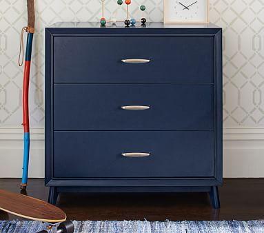 Reese Dresser #pbkids