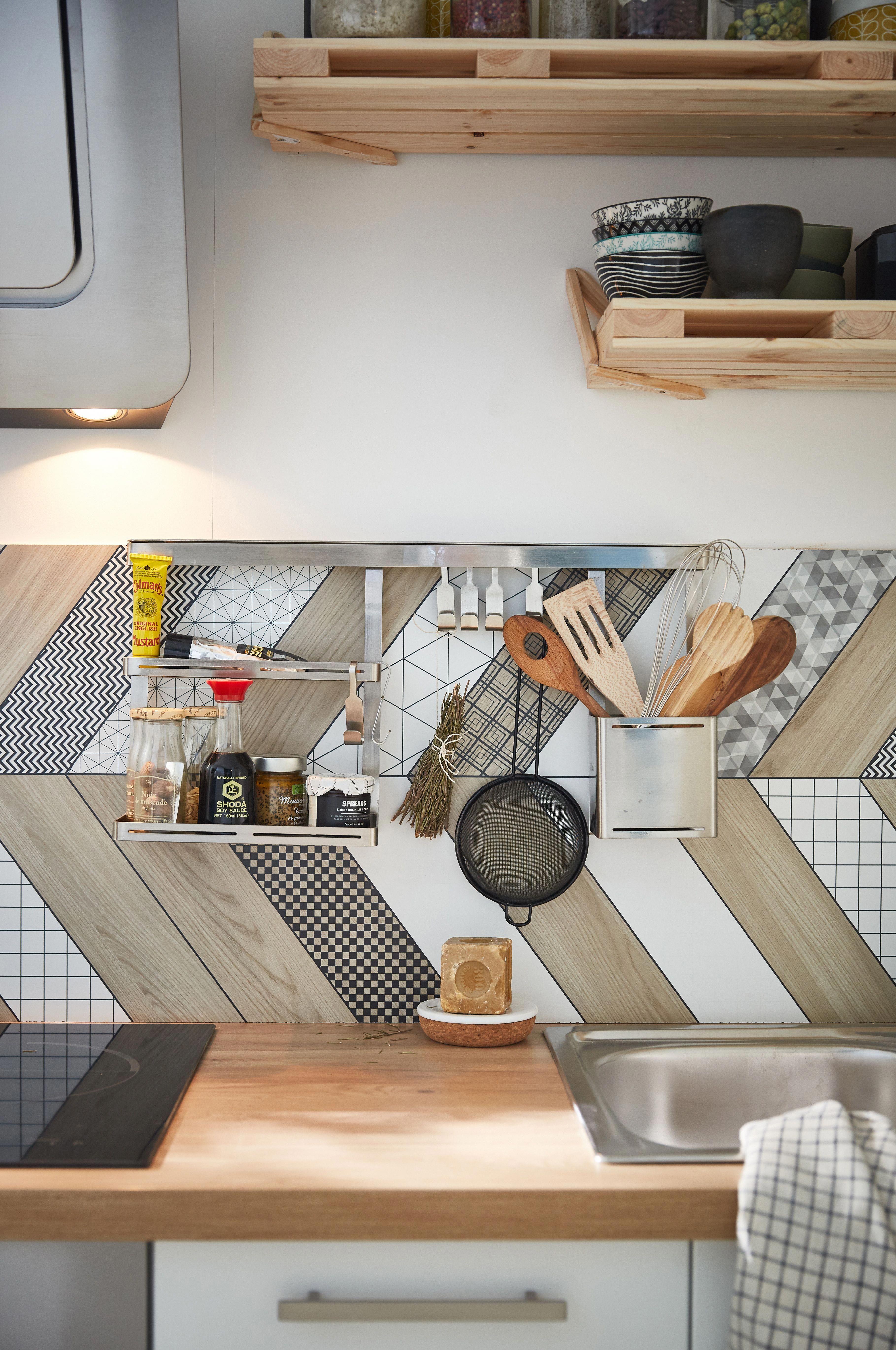 48h Pour Relooker Vos Cuisine A La Sauce Bistronomique Leroymerlin Makeover Ho Decoration Cuisine Moderne Relooking Cuisine Organisation De Petite Cuisine