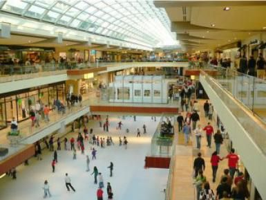 Guide To Shopping And Dining At The Galleria Mall In Houston Houston Galleria Galleria Mall Houston Galleria Mall