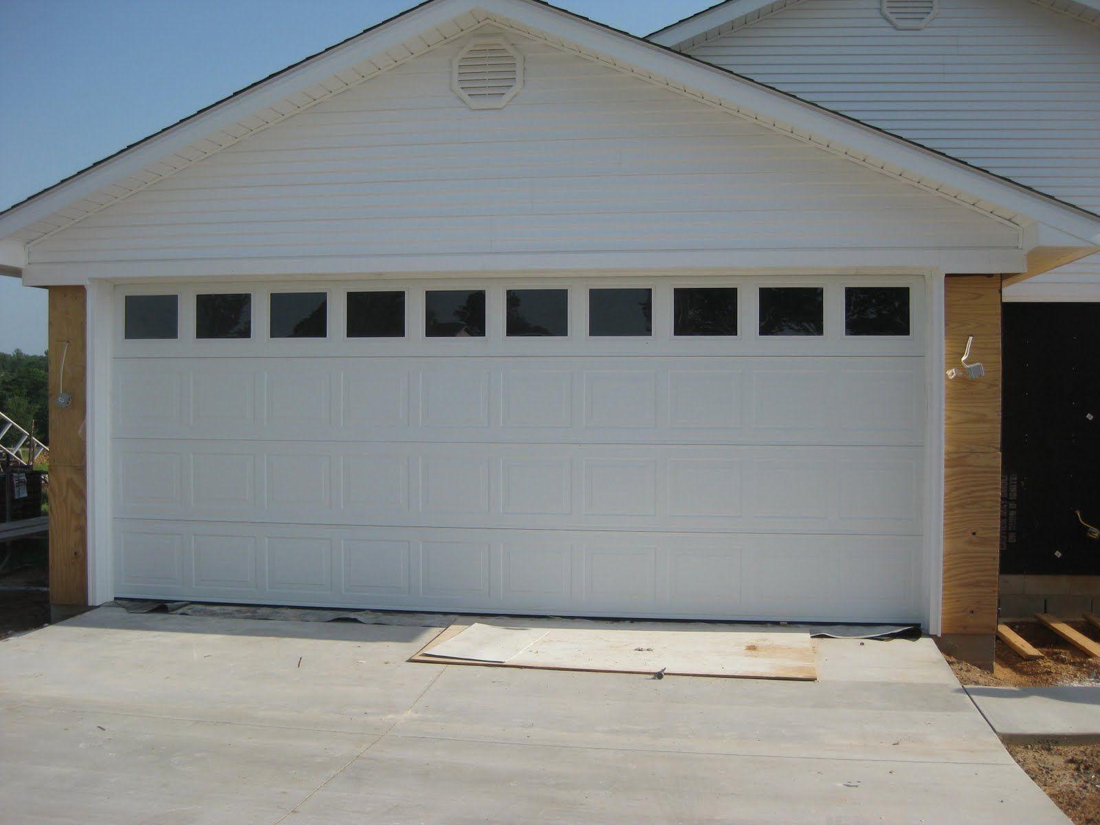 37 Garage Door Trim Ideas To Improve Your Exterior Garage Door Colors Garage Doors Garage Door Styles