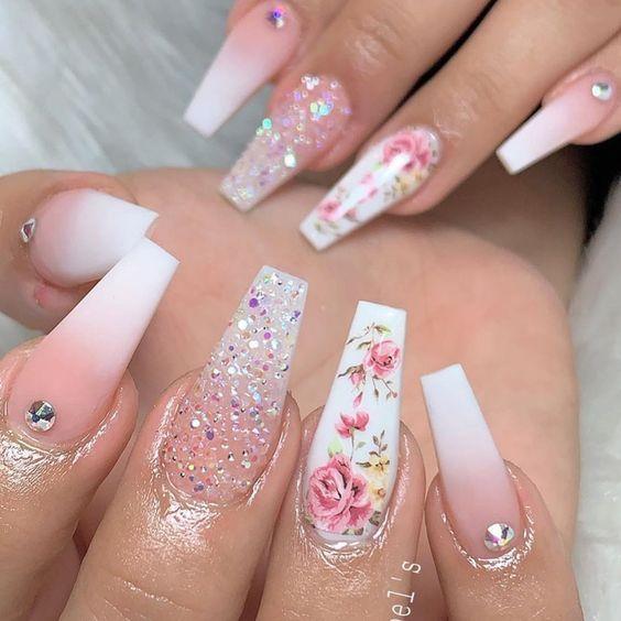 26+ Acrylic Nails Design