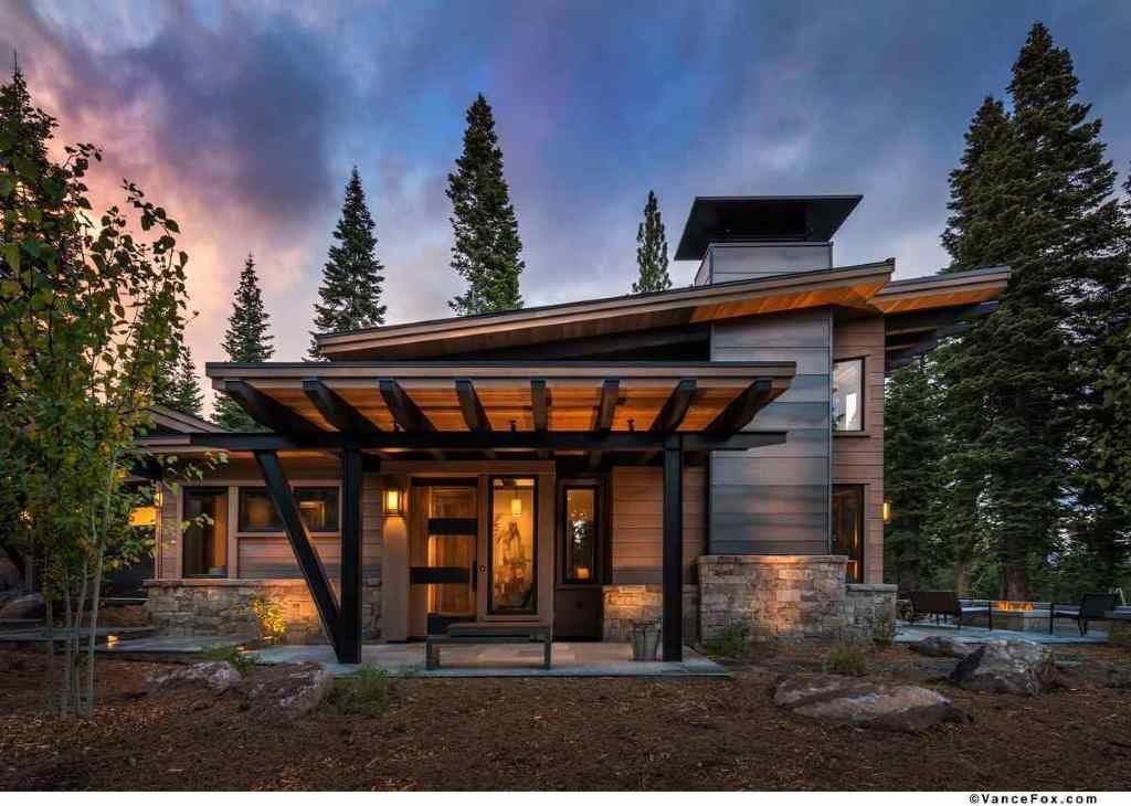 Artistic Roof Design That Amazes You 51 Mountain Home Exterior Mountain House Plans Modern Mountain Home