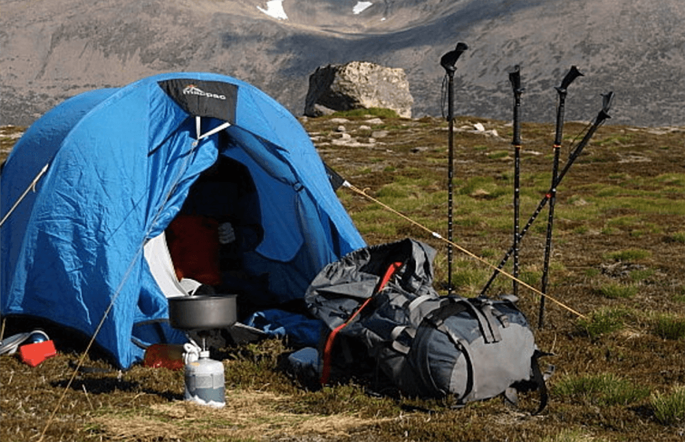 Wild Camping Equipment Checklist   Camping outfits ...